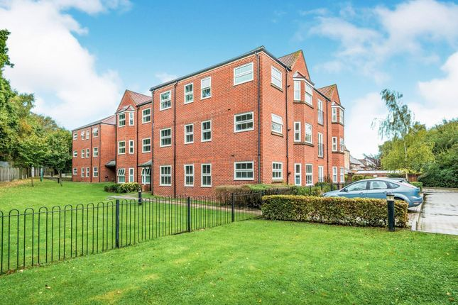 Communal Gardens of Lucas Close, Crawley RH10