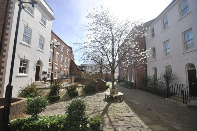 Thumbnail Flat to rent in Lower Bridge Street, Chester