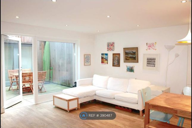 Thumbnail Flat to rent in Teesdale Street, London
