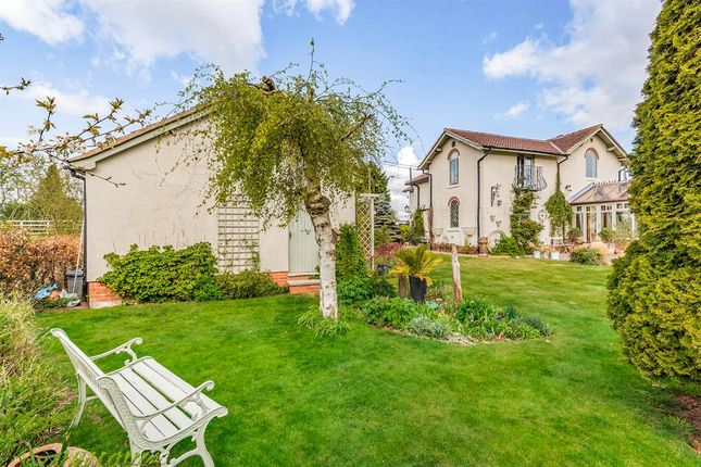 Thumbnail Detached house for sale in Field Lane Cottage (Crossing House), Field Lane, Gowdall
