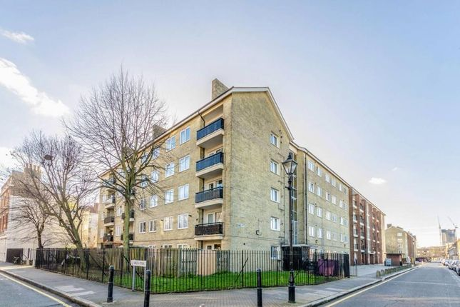 3 bed flat for sale in Wellington Row, Shoreditch E2