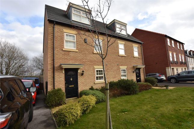 Picture No. 05 of Renison Avenue, Leeds, West Yorkshire LS15