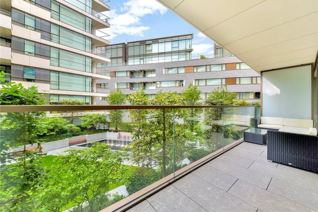 Thumbnail Flat for sale in Duchess Walk, One Tower Bridge