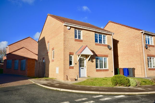 Thumbnail Detached house for sale in Hawks Cliff View, Dodworth, Barnsley