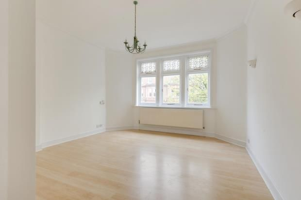 2 Bed Flat For Sale In Frognal Hampstead London Nw3 Zoopla