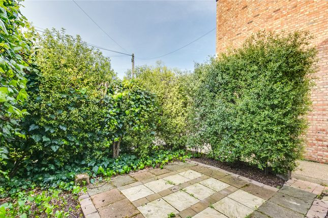 F Garden of Glentham Road, Barnes, London SW13