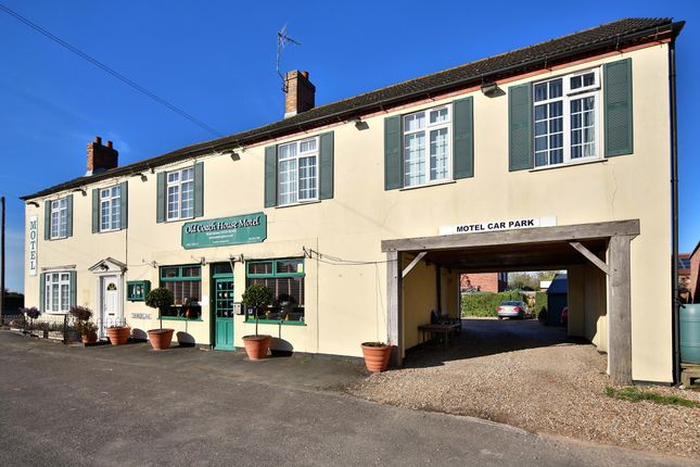 Thumbnail Hotel/guest house to let in Church Lane, North Kyme