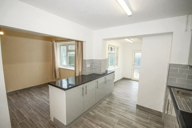 Thumbnail Property to rent in Mons Court, Kemsley, Sittingbourne