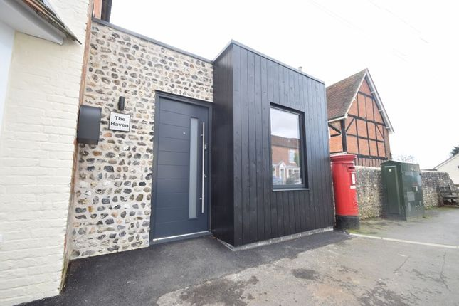 2 bed property to rent in West Street, Hambledon, Waterlooville PO7