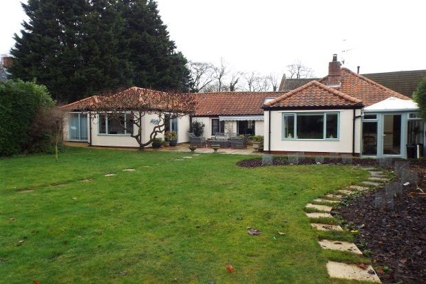 Thumbnail Barn conversion to rent in Gt. Hautbois Road, Coltishall, Norwich