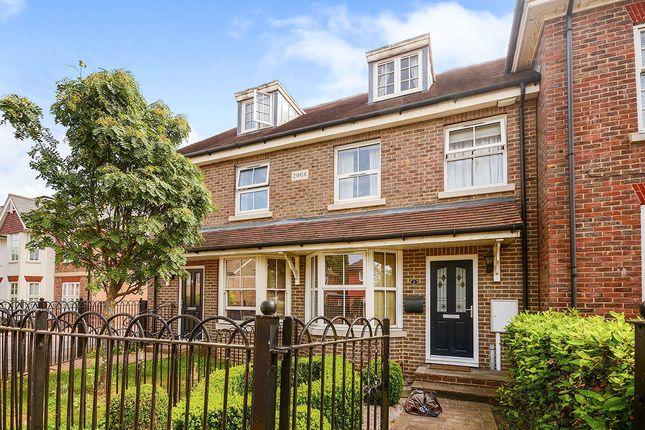Thumbnail Terraced house to rent in Maidstone Road, Paddock Wood, Tonbridge