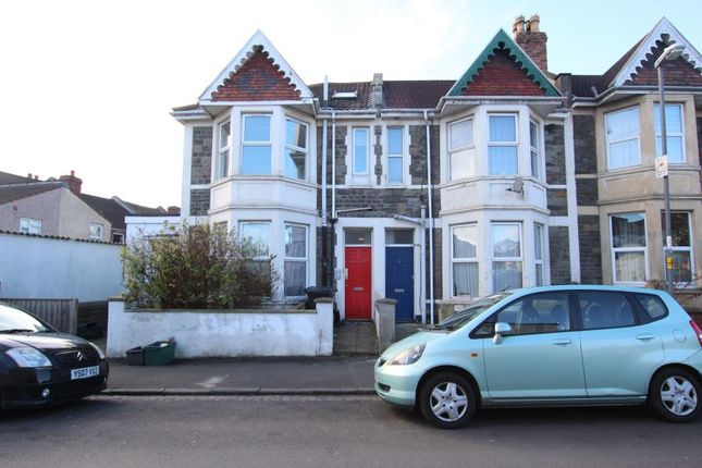 2 bed flat to rent in Almorah Road, Bedminster, Bristol