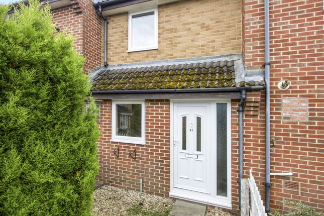Thumbnail Property to rent in Evergreen Close, Three Legged Cross, Wimborne