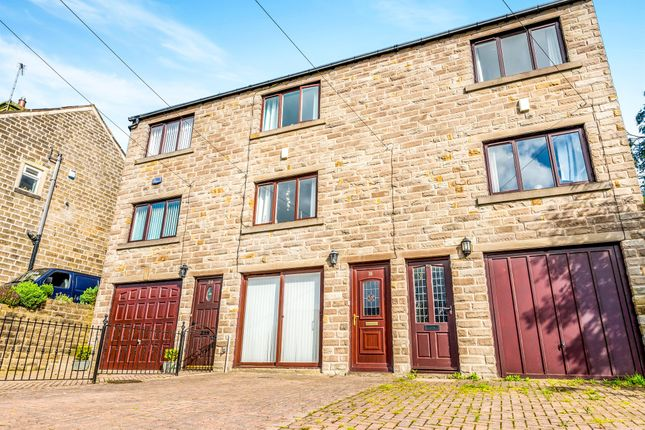 Thumbnail Town house for sale in Town End Road, Holmfirth