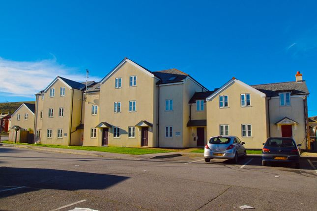 Thumbnail Flat to rent in Hillside Court, Bugle