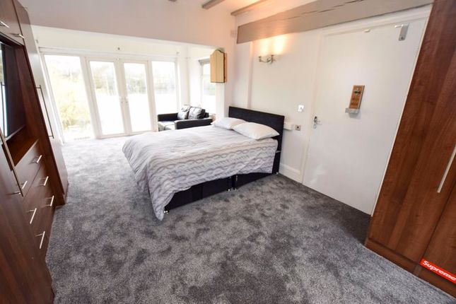 Room to rent in Mereside Road, Knutsford, Mere WA16