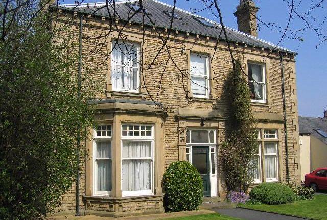 2 bed flat to rent in Lindum House, King Street, Morley Leeds LS27