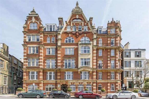 Thumbnail Property to rent in Allen Street, London