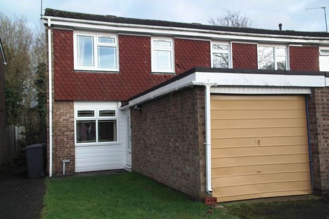 Thumbnail Terraced house to rent in Blakemere Close, Redditch