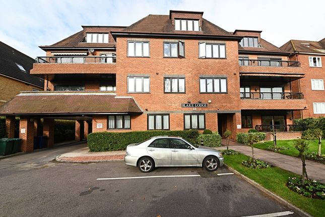 3 bed flat for sale in Hendon Lane, Finchley