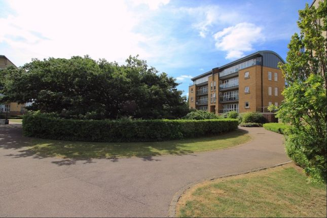 Thumbnail Flat to rent in Lightermans Way, Greenhithe