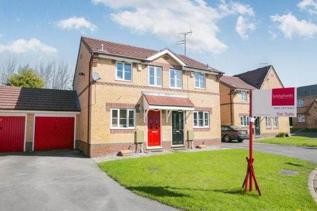 Thumbnail Property to rent in Petrel Close, Stockport