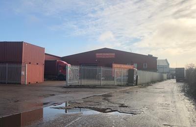 Thumbnail Light industrial to let in Unit 7, Mudlands Industrial Estate, Manor Way, Essex, Rainham