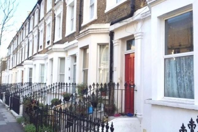 1 bed flat to rent in Overstone Road, London