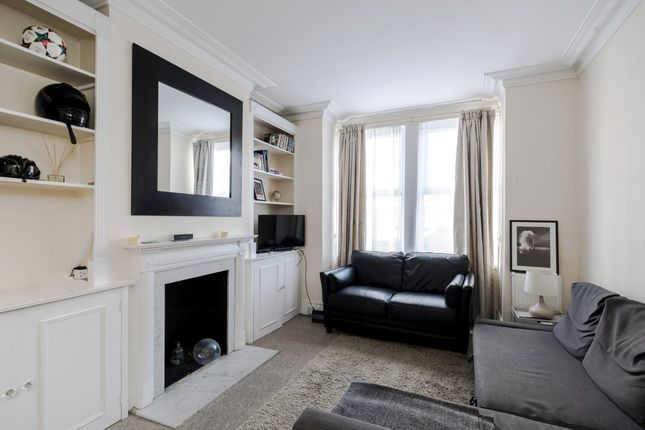 Thumbnail Terraced house to rent in Kelvedon Road, London