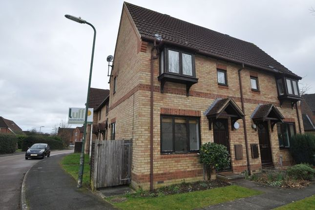 Thumbnail Terraced house to rent in Bowling Green Drive, Hook