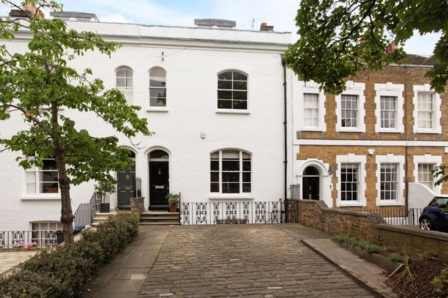Thumbnail Town house to rent in Trinity Place, Windsor
