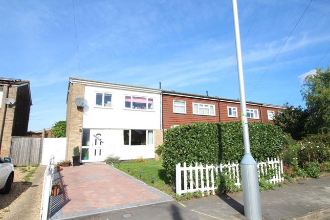 Thumbnail Property to rent in Holme Crescent, Biggleswade