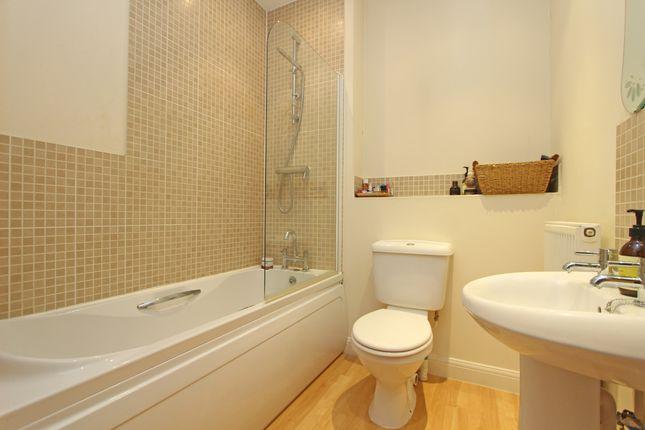 Bathroom of Heyridge Meadow, Cullompton EX15