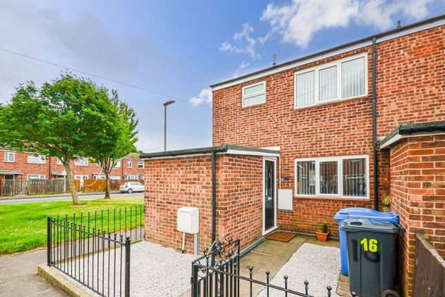 3 bed end terrace house for sale in 16 Blake Close, Hull HU2