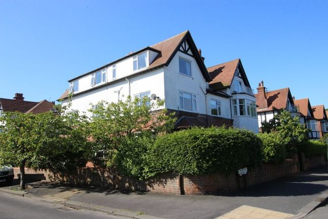 Thumbnail Flat for sale in Holbeck Hill, South Cliff, Scarborough