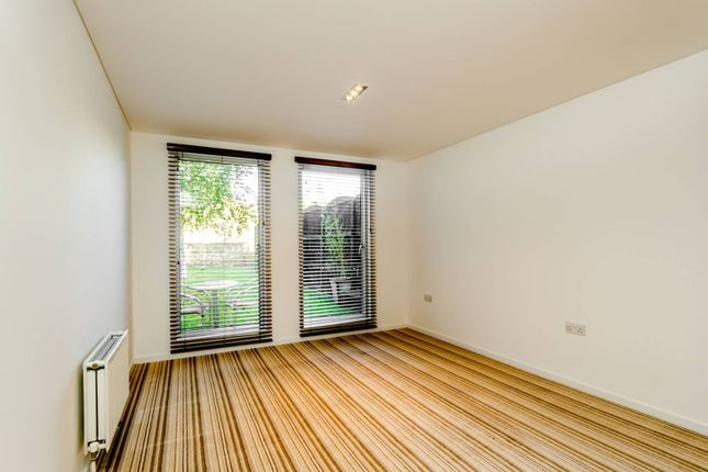 Flats to let in balham grove london sw12 apartments to rent in thumbnail flat to rent in balham grove balham malvernweather Choice Image