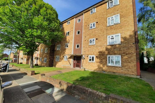 Thumbnail Flat to rent in Openshaw Road, London