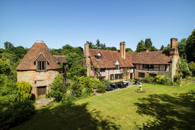 Thumbnail Detached house for sale in Hosey Common Road, Westerham, Kent