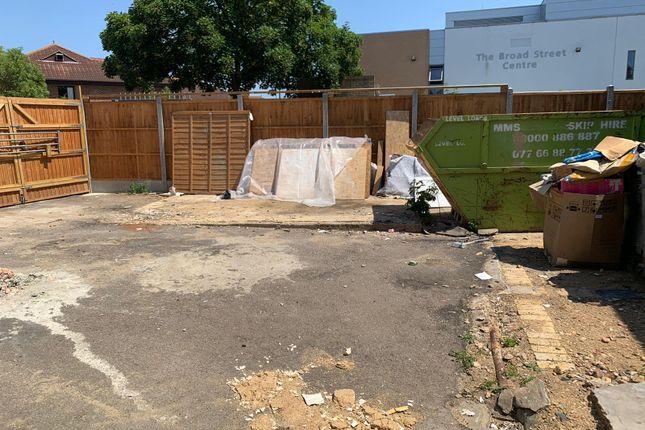 Land to let in Broad Street, Dagenham