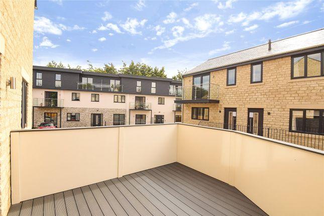 Thumbnail Flat to rent in Admiral Court, Dark Lane, Witney