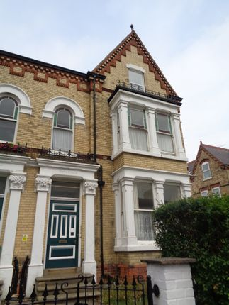 Thumbnail Flat to rent in 35 Trinity Road, Bridlington