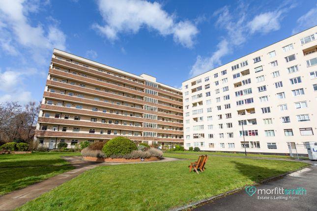2 bed flat for sale in Regent Court, Bradfield Road