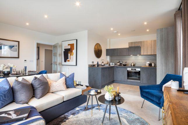 3 bedroom flat for sale in Longwater Avenue, Green Park, Reading, Berkshire