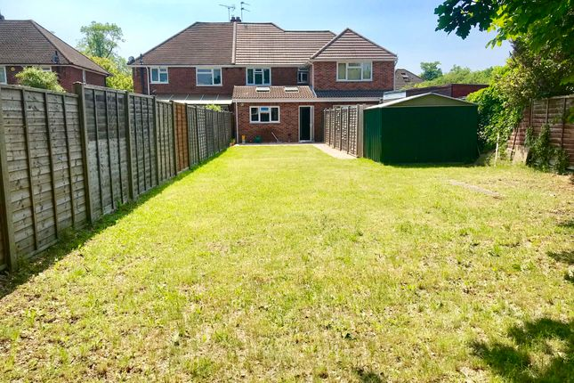 Thumbnail Property to rent in Mulberry Drive, Langley, Slough