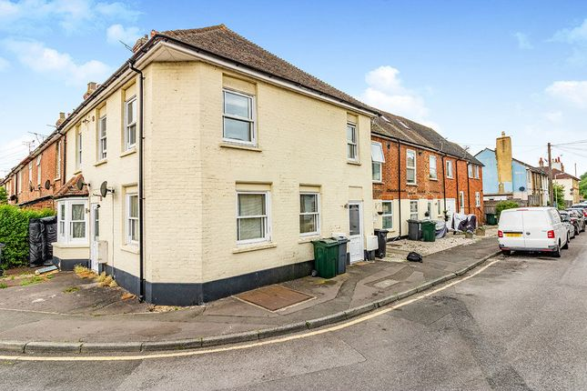 Thumbnail Property to rent in Lower Denmark Road, Ashford