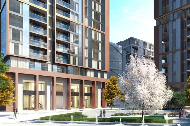Flat for sale in Maine Tower, Harbour Central, Canary Wharf, London