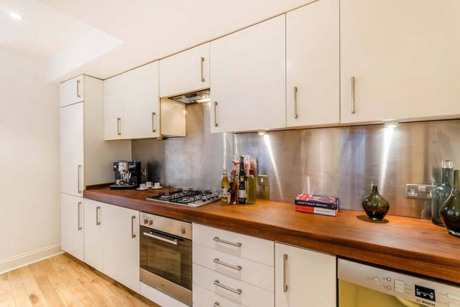 2 bed flat for sale in Kingsgate Road, West Hampstead