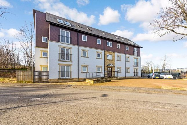 Thumbnail Flat for sale in Forth Street, Stirling