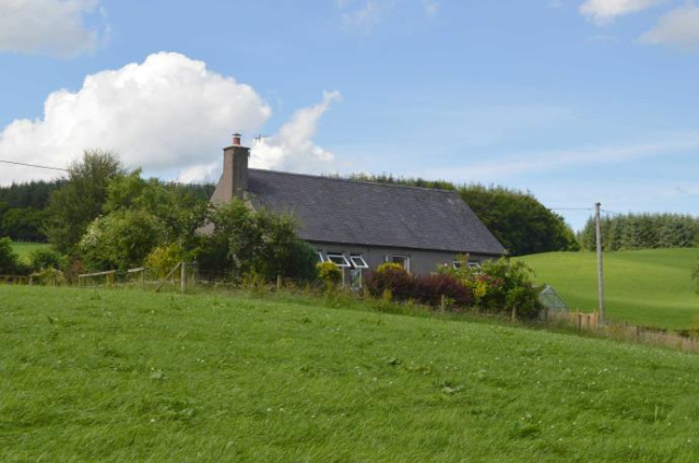 Thumbnail Detached house to rent in Holehouse Cottage, Thornhill