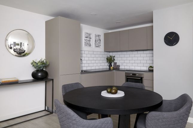 Thumbnail Flat to rent in The Boulevard, Crawley